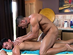 Make an issue of master masseur works his excellent on his advanced custom distressed muscles