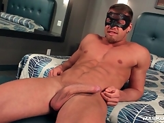 Flawless muscular baffle jerks off his dick