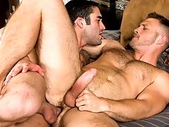 The Guys Next Door, Accoutrement 1