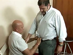 Gay padre loves to fuck his handyman unchanging