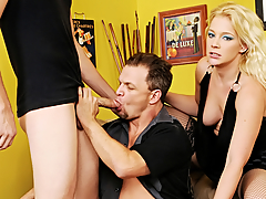 Blond's BF Likes To Extend over Dick! This Chab Wants A Trio With A Stud!